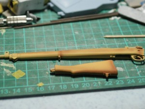 DSC06264 300x225 1/6 scale Lee Enfield No.4 Mk1 rifle, painting wood grain effect.