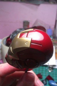 IMAG0948 200x300 Hot Toys Iron Man mk 3 repaint part 1